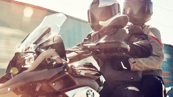 La ropa del motociclista: clave para su seguridad